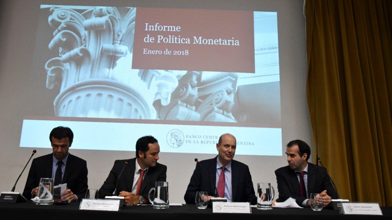 Banco Central de Argentina prevé cumplimiento de metas para reducir inflación