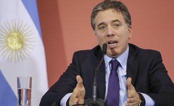 """""""Es normal que el dólar suba, hay que acostumbrarse"""", dice el ministro de Hacienda"""