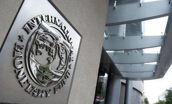 El FMI recomendó regular los sueldos para bajar la inflación