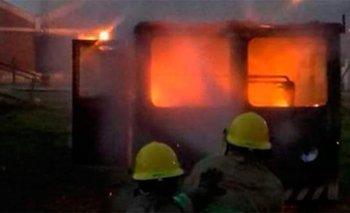 Se prendió fuego una locomotora en el lugar donde se inició el incendio en Sierra