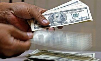 El dólar no para de subir: trepa 30 centavos y se vende a 20,50 pesos