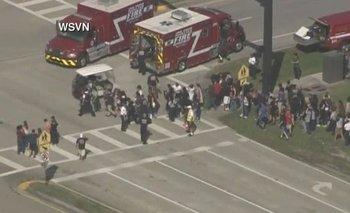 Estados Unidos: al menos 17 muertos deja un tiroteo en una escuela de Florida