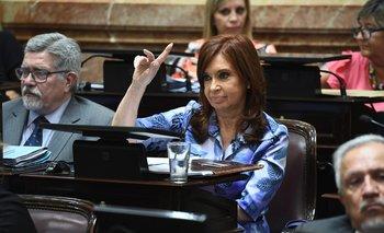 Cristina presentó un proyecto para prohibir que los funcionarios tengan cuentas en paraísos fiscales