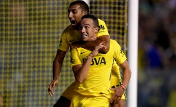 Sobre el final, Boca venció a Tigre 2-1 y se aleja cada vez más