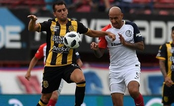 Superliga: Olimpo cayó 2-0 ante San Lorenzo como visitante