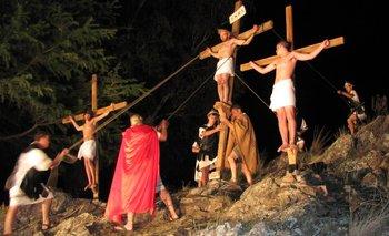 Saavedra se preparara para el Vía Crucis Viviente