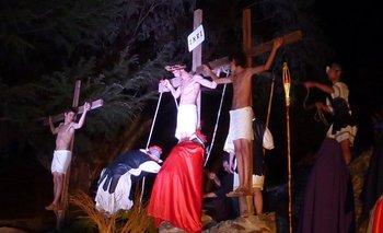 Saavedra: en la ermita Nuestra Señora de Luján de la Sierra se vivió la pasión de Jesús