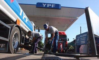 El Gobierno pretende que se congelen los precios de los combustibles por dos meses