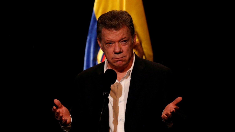 Maduro acusa a Santos de preparar