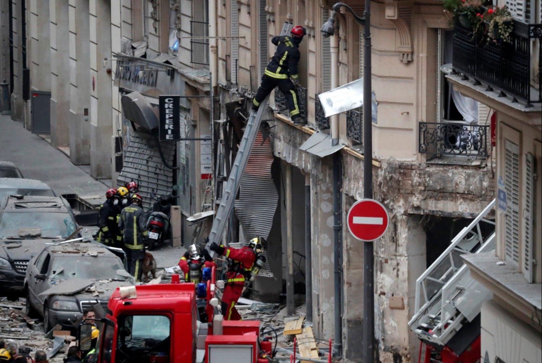 Cuatro muertos en la explosión en una panadería de París