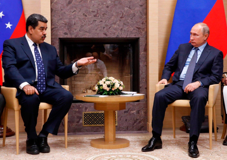 Vladimir Putin habla con Nicolás Maduro y reitera apoyo total