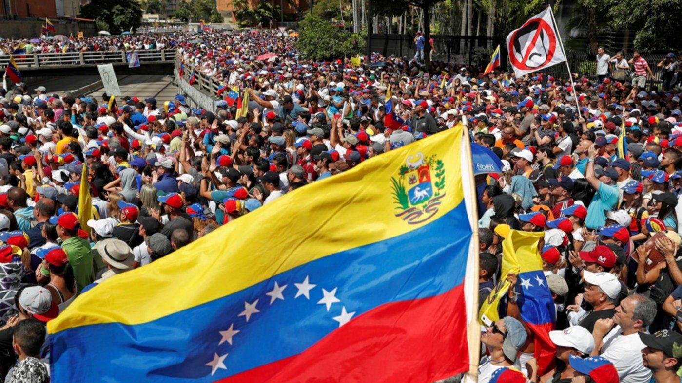 Intelectuales piden a EUA no interferir en asuntos de Venezuela