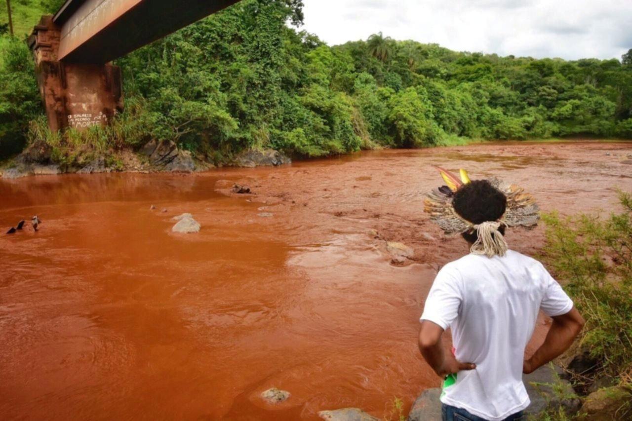5 detenidos por el colapso de la represa — Brasil