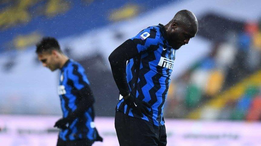 Milan perdió con Atalanta, pero sigue en la punta — Serie A