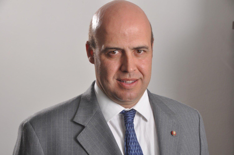 Francisco nardelli un bahiense que aspira al parlamento for Lavorare al parlamento italiano