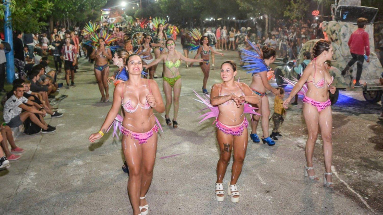 Otro fin de semana a pleno en los Carnavales de Guaminí