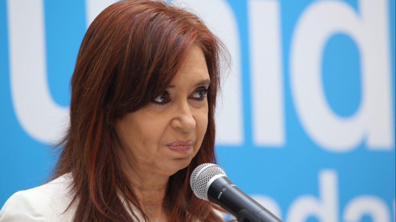La UIF solicitó reabrir la causa de enriquecimiento ilícito contra Cristina