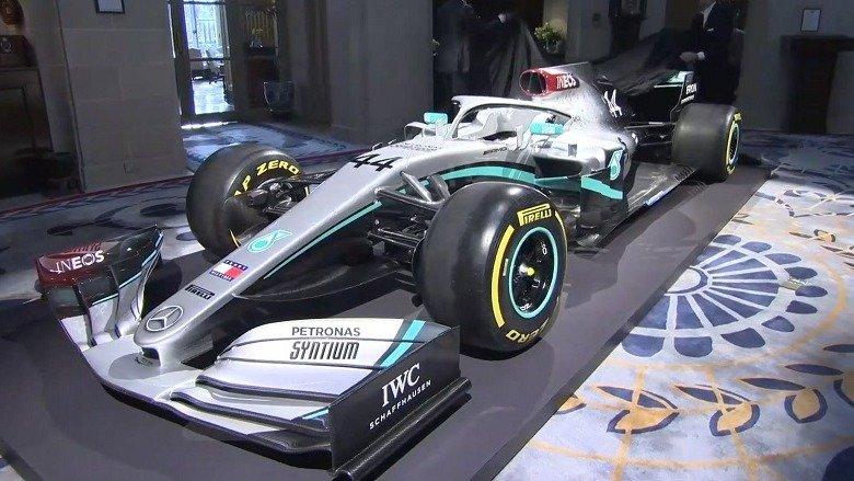 El rojo: la principal novedad en el coche 2020 de Mercedes