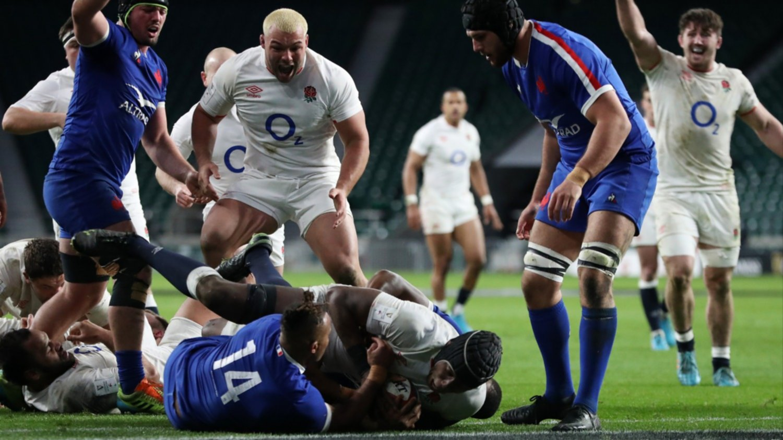 Inglaterra vence a Francia y le deja el título en bandeja a los galeses que buscarán el Grand Slam