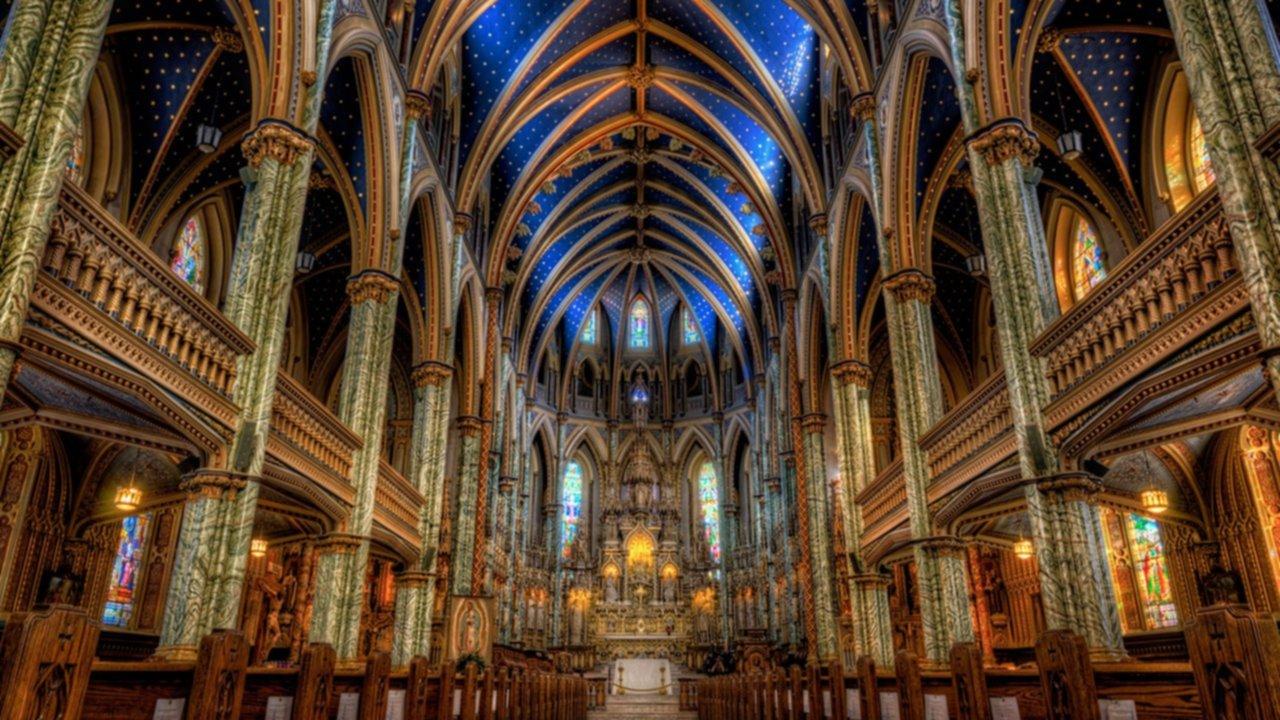 En 360º: así era por dentro la imponente catedral de Notre Dame