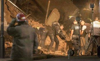Tucumán: ya son 3 los muertos en el derrumbe del exteatro Parravicini