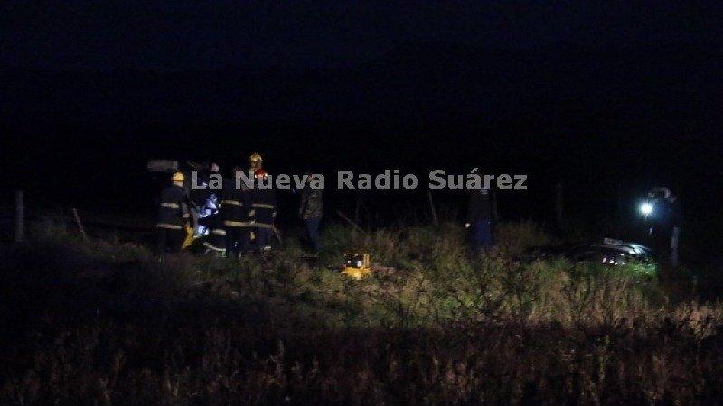 Un joven suarense murió tras volcar su auto en la ruta 67