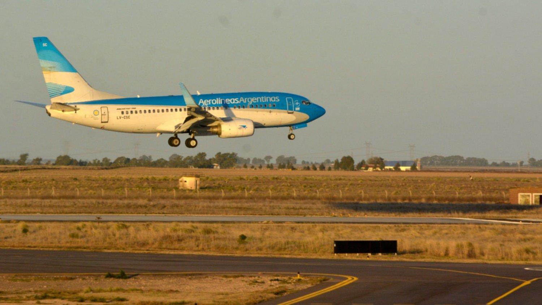 Aerolíneas Argentinas cancela todos sus vuelos del 29 de mayo