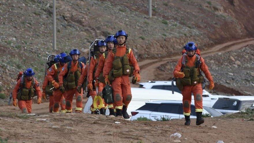 China: al menos 20 personas mueren durante una carrera de montaña