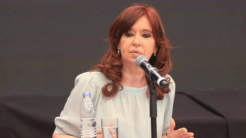 Locales: El mensaje de Cristina Kirchner apenas dejó Santiago del Estero