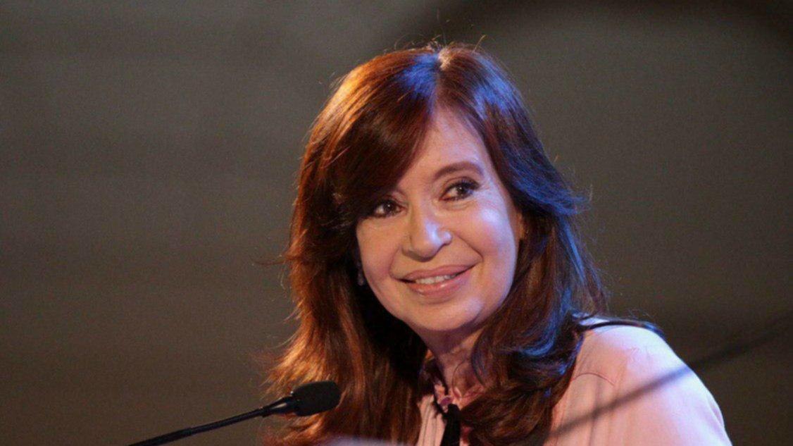 Cristina Kirchner avisó que nuevamente faltará al juicio por la obra pública