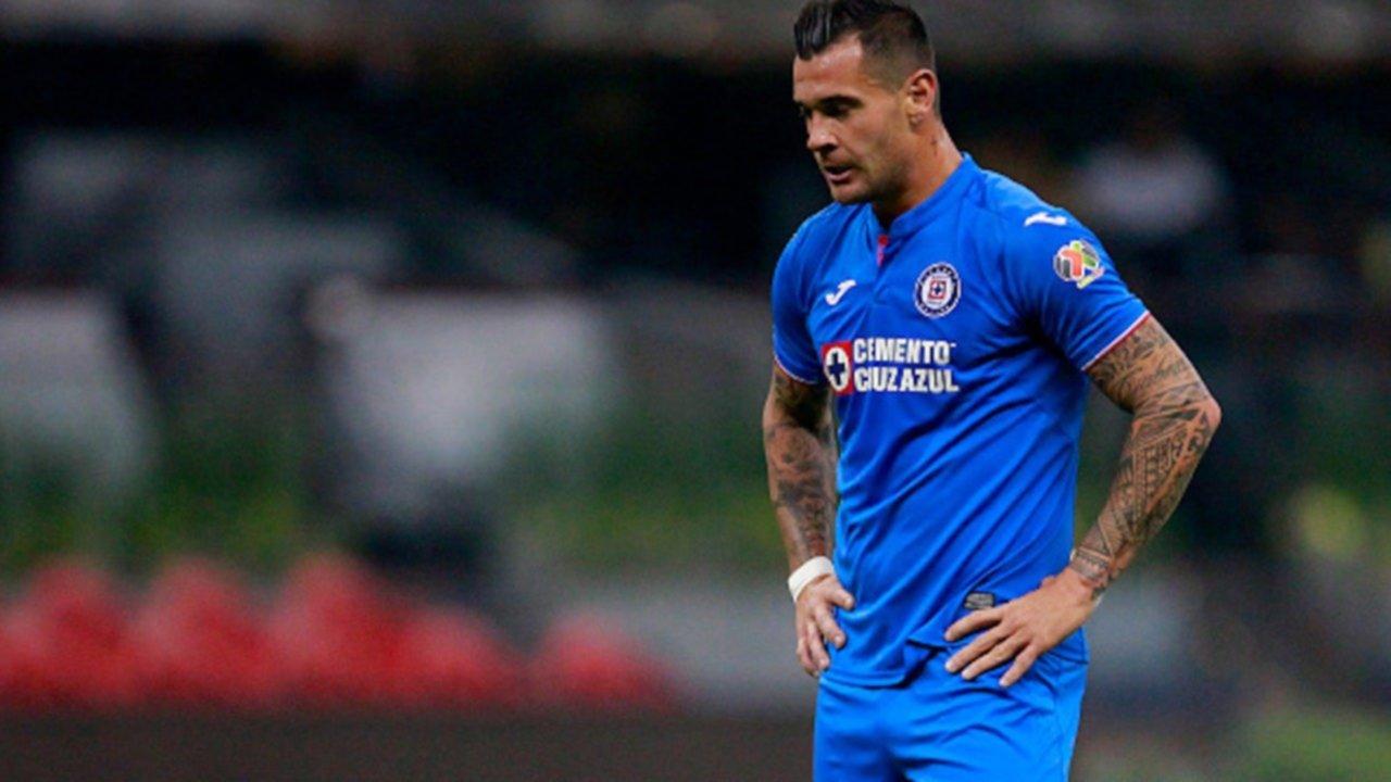 Otro futbolista argentino dio positivo de coronavirus