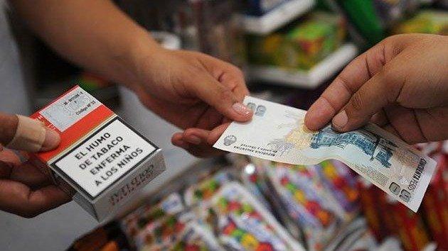 Desde este lunes aumentan 5 % los precios de cigarrillos