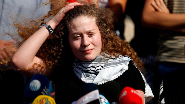 Liberaron a la joven ícono de la resistencia palestina que enfrentó a 2 soldados israelíes