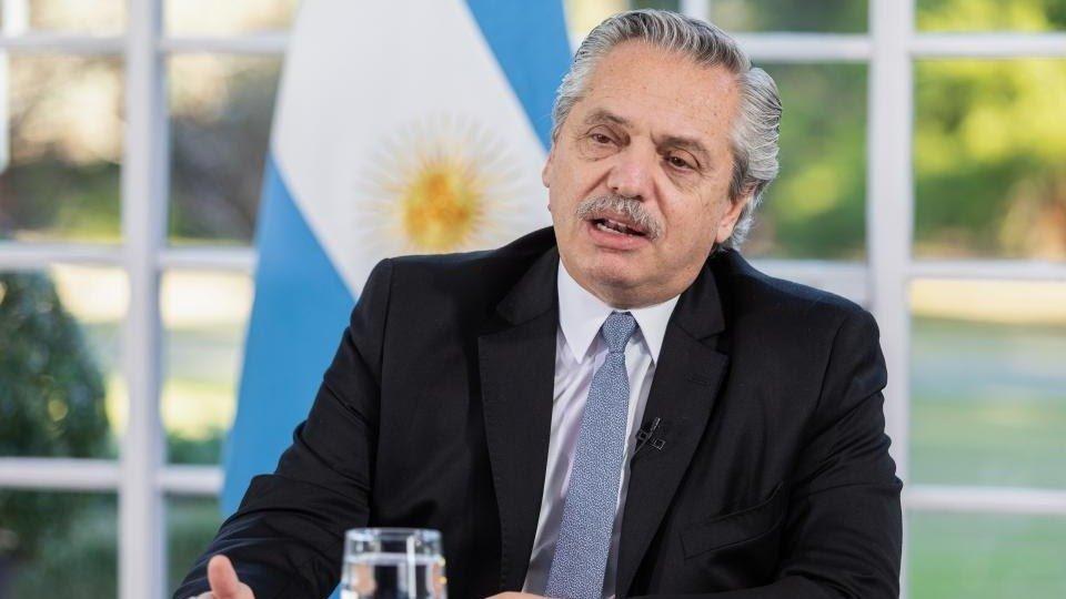 Fernández afirmó que es la última oferta a los bonistas — Deuda