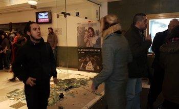 Incidentes en la presentación de la película sobre Santiago Maldonado: encapuchados generaron destrozos
