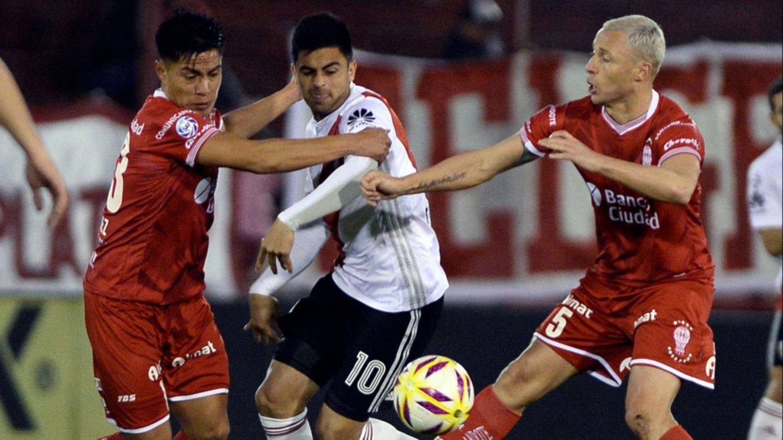 Superliga: River debutó con un empate sin goles ante Huracán