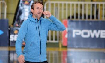 Se adelantaron los tiempos y Sepo Ginóbili tuvo que hacer cambios en Bahía Basket