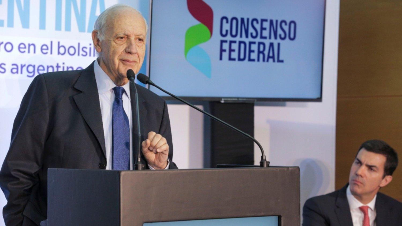 Lavagna aceptó dialogar con el Gobierno sobre la economía