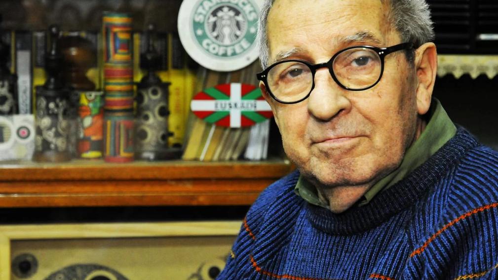 Murió a los 90 años el célebre dibujante Carlos Garaycochea