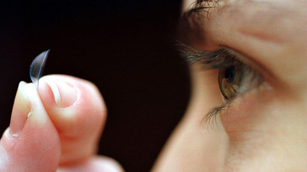 f57dd953b253a Aspectos que debemos saber antes de comprar los lentes de contacto