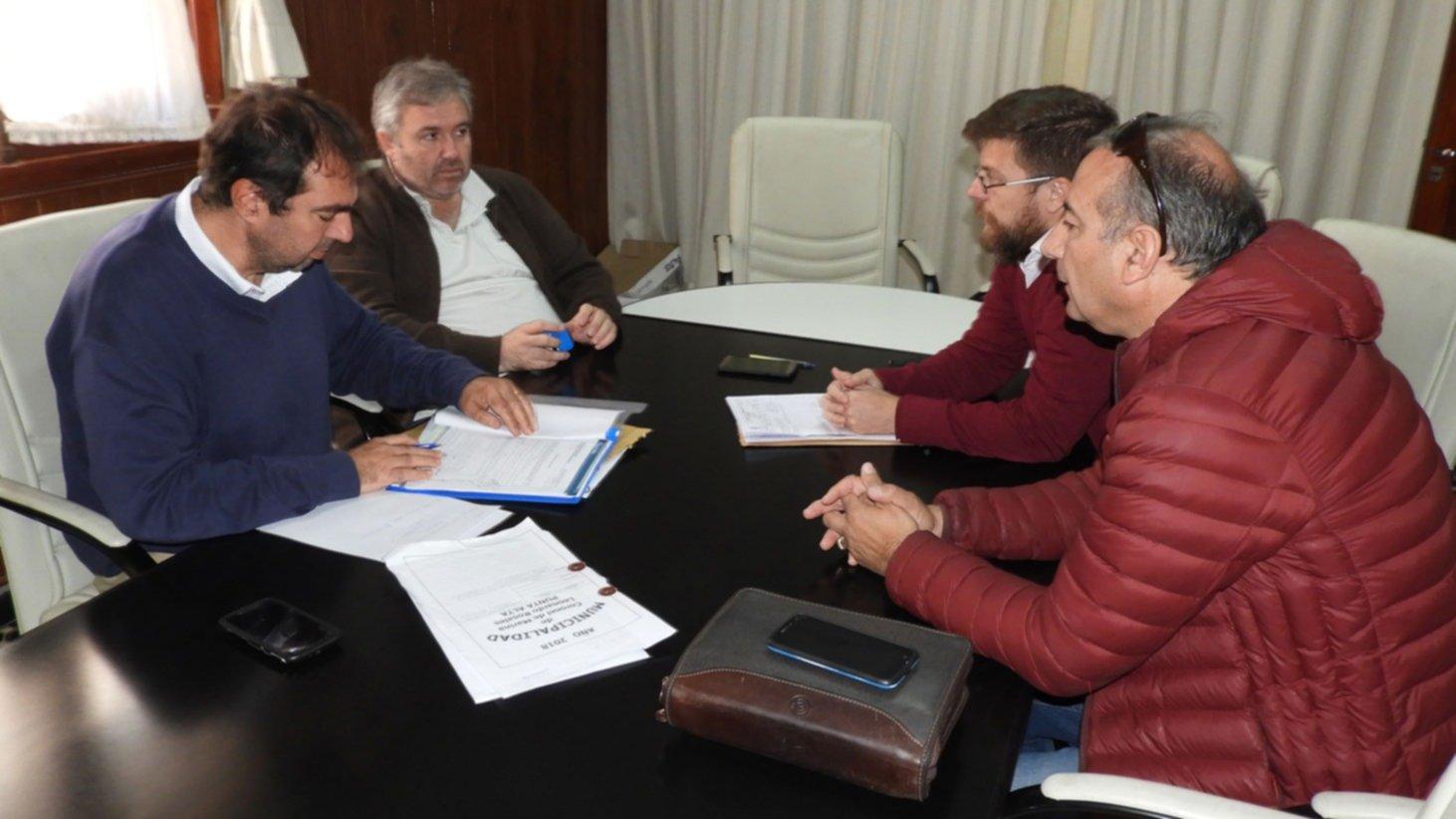 7 empresas interesadas en las obras para las escuelas primarias de Bajo Hondo y el barrio Centenario