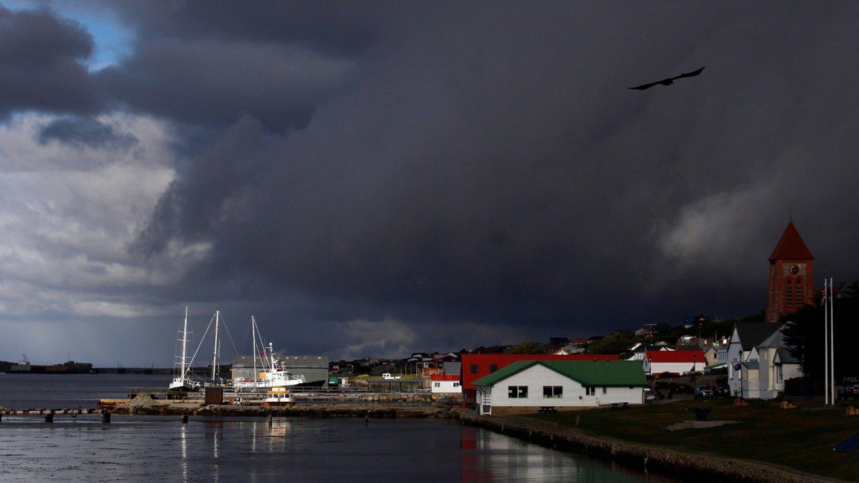 Malestar con un concurso británico para que universitarios argentinos viajen a Malvinas