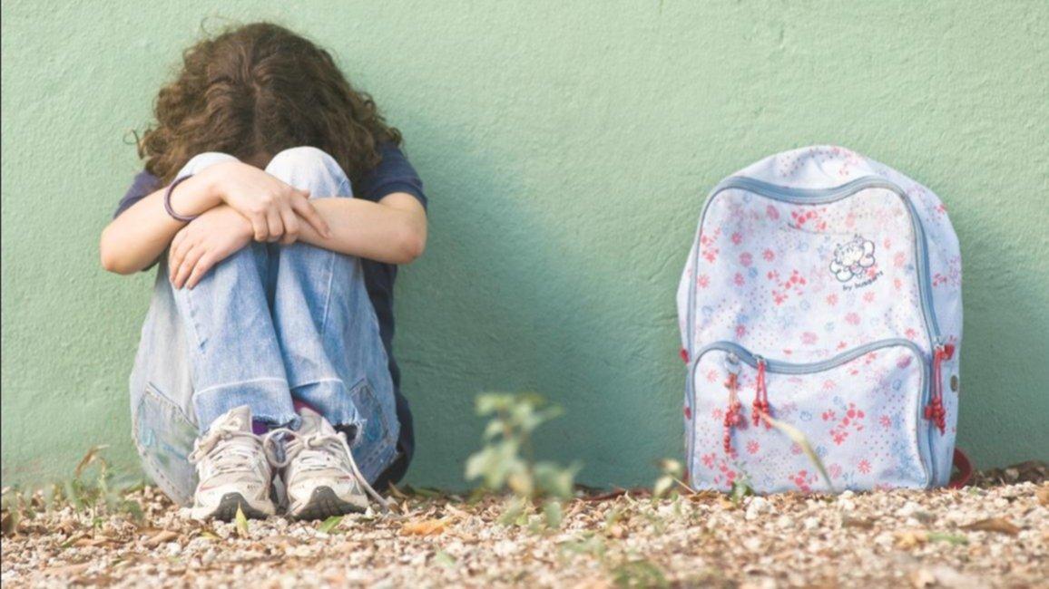 Descubrió la violación que sufrió su hija mientras la ayudaba a acomodarse la ropa