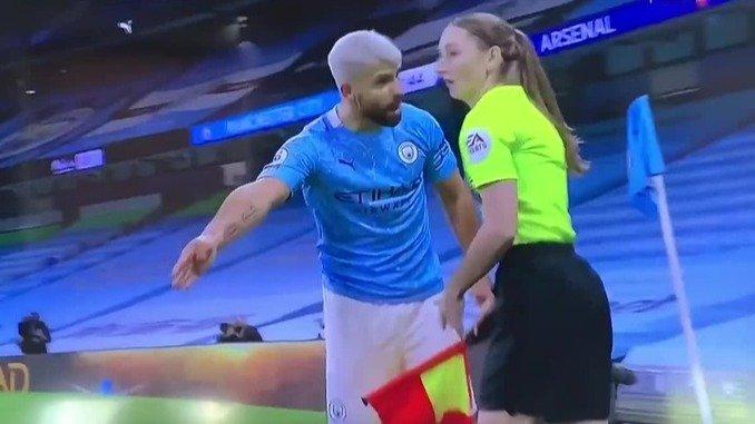 Guardiola reta a Agüero