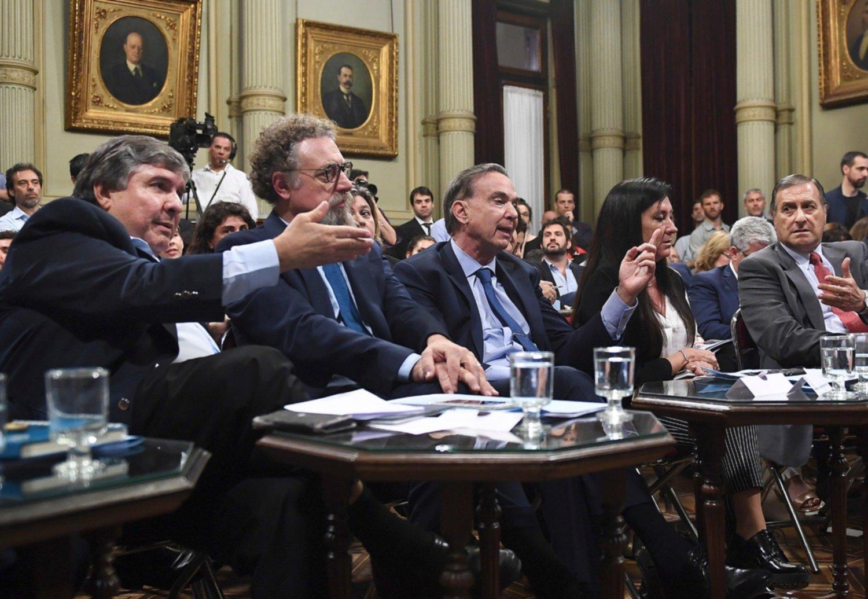 Presupuesto 2019 el gobierno consigui dictamen y se for Sueldos del ministerio del interior