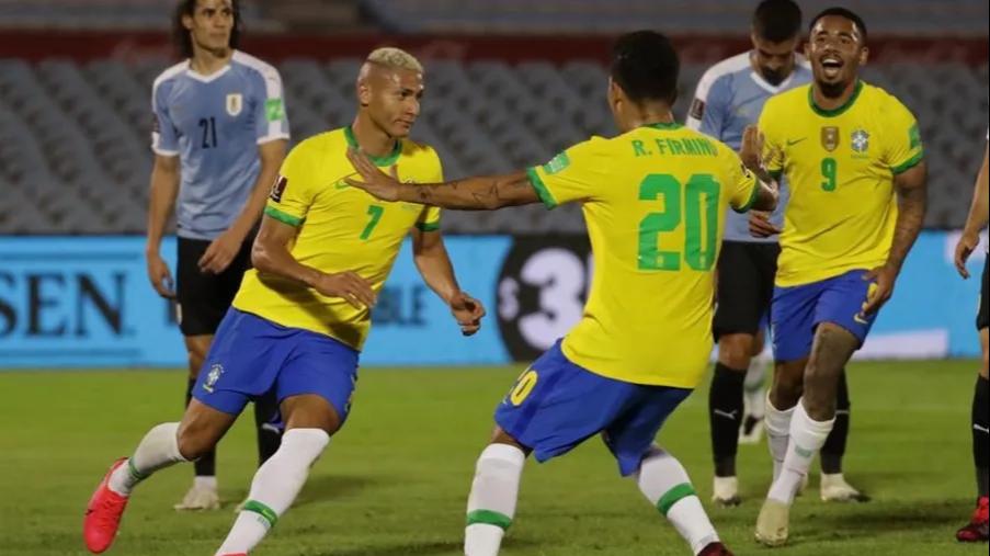 Brasil le ganó a Uruguay y sigue imparable y Paraguay y Bolivia repartieron  puntos