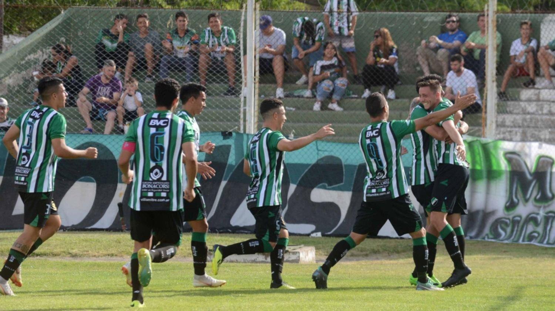 Federal A: Villa Mitre venció 3-1 a Independiente y terminó segundo